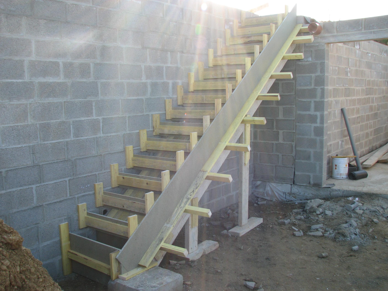 Assez Faire Un Escalier Exterieur - Photos De Conception De Maison  BB36